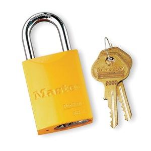 Master Lock 6835YLW