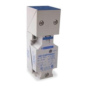 Schneider Electric XS7C40FP260H7
